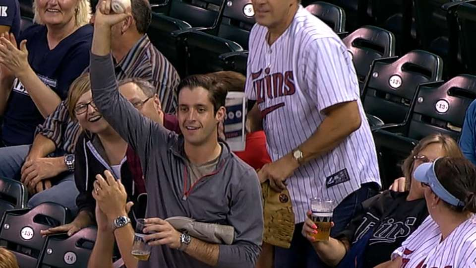 Fan makes great catch with hat