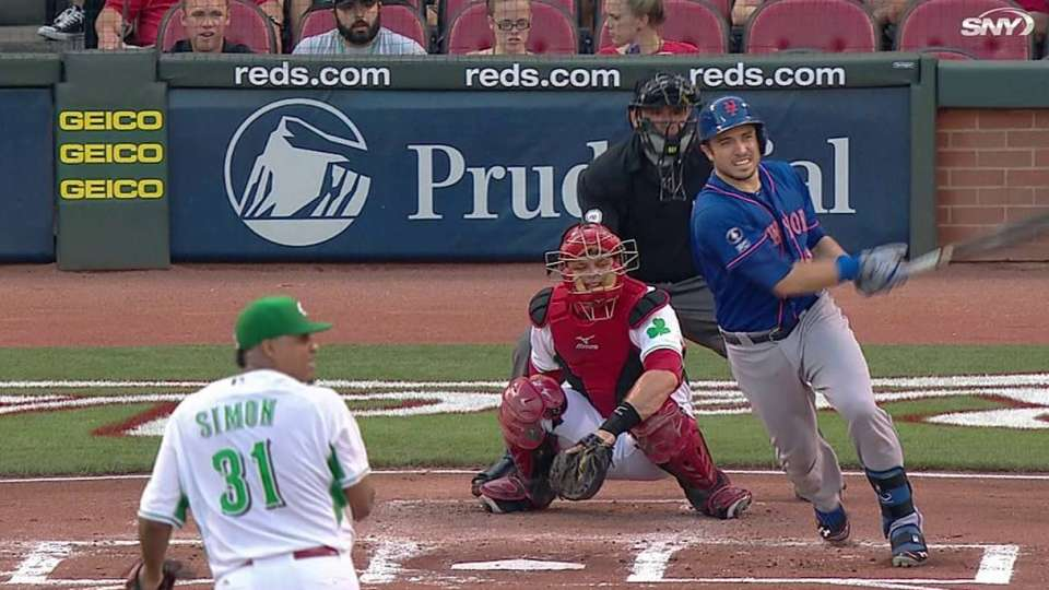 d'Arnaud's two-out RBI single