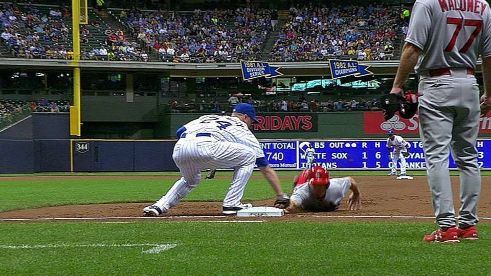 Fiers' inning-ending pickoff