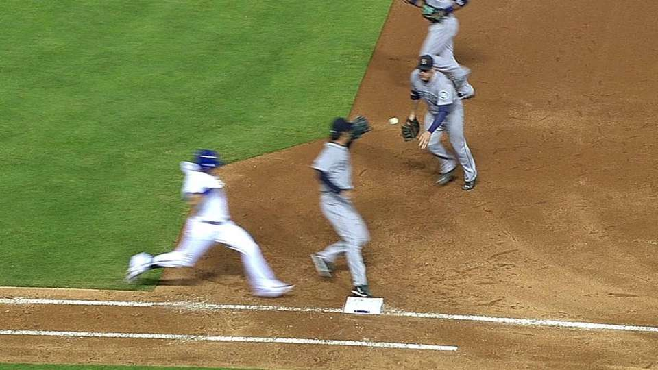 Mariners challenge play at first