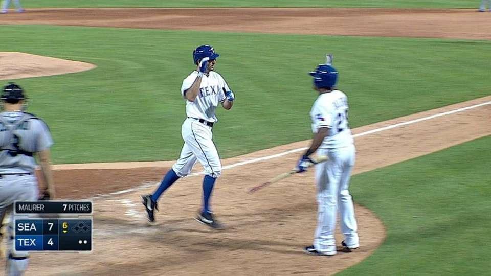 Rosales' two-run homer