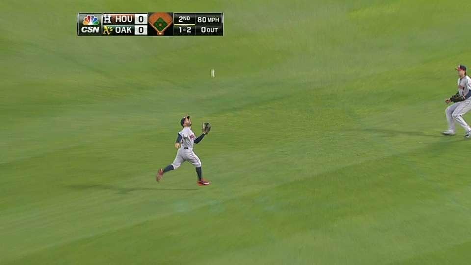 Altuve's running catch