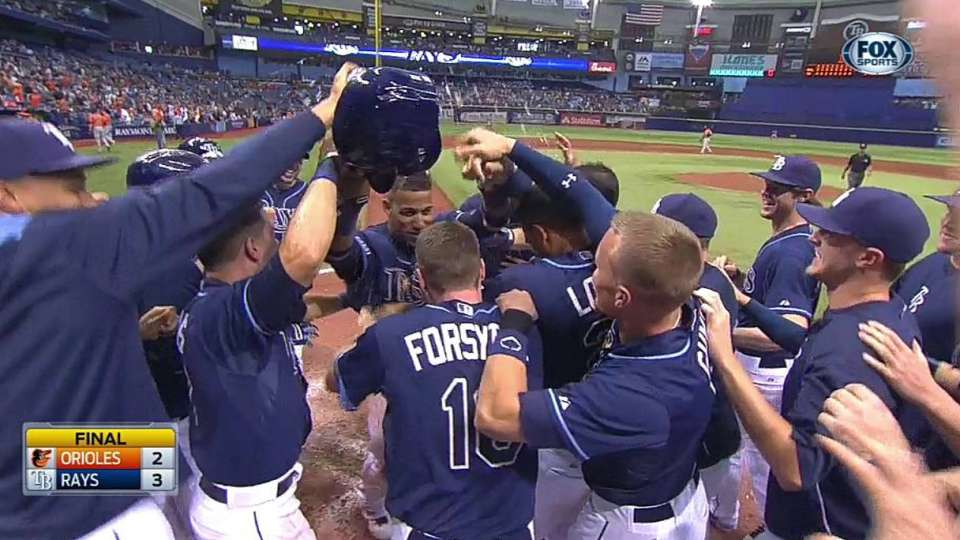 Rays walk off on passed ball
