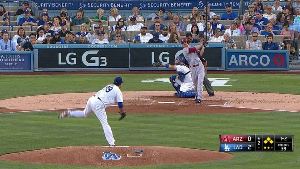 Ryu gets out of bases-loaded jam