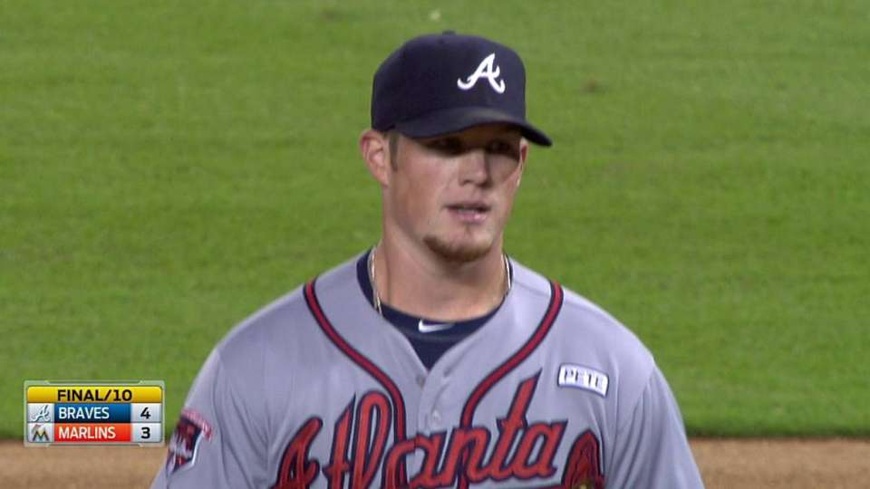 Kimbrel closes out the 10th