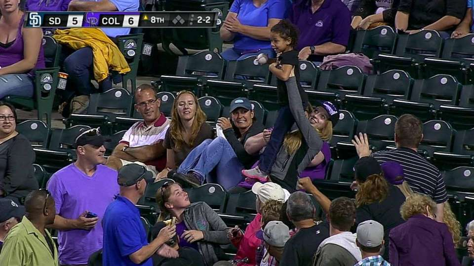 Kid gets excited for foul ball