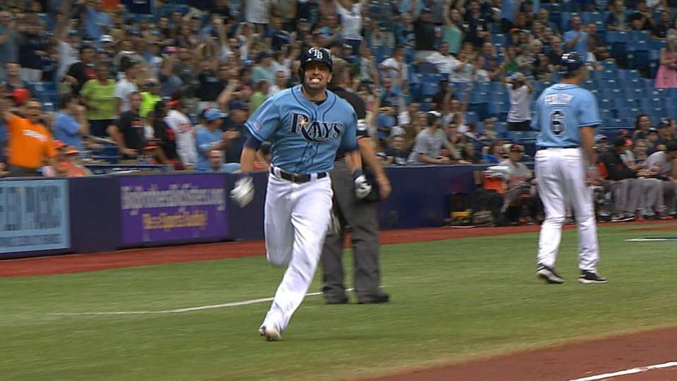 Must C: DeJesus rounds the bases