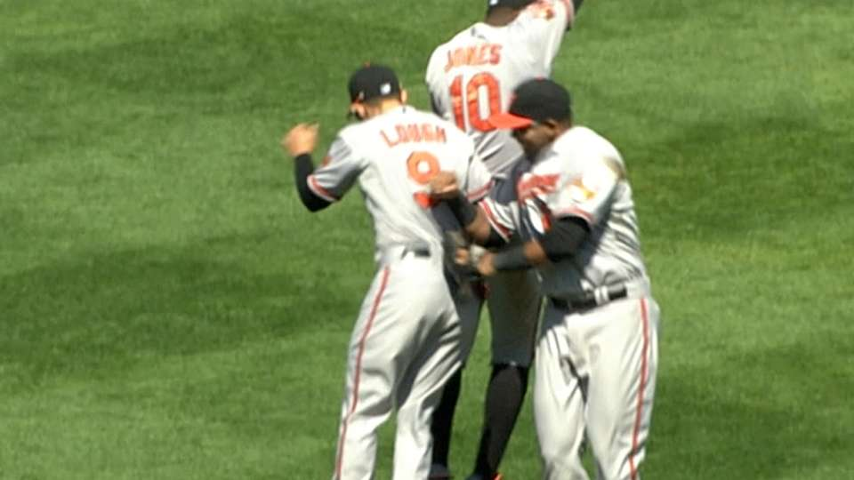 Relive O's wins over Red Sox