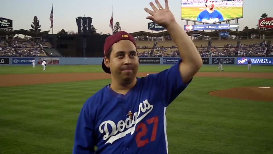 Dodgers fan tosses first pitch