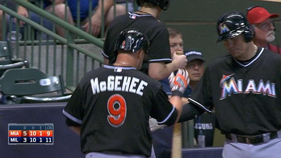 McGehee desempata partido con HR