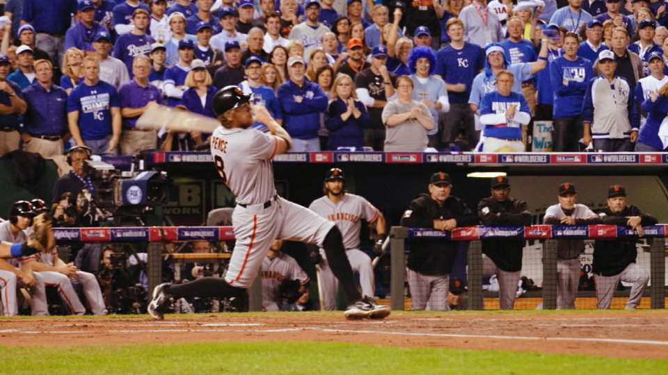 Hunter Pence homers in Game 1