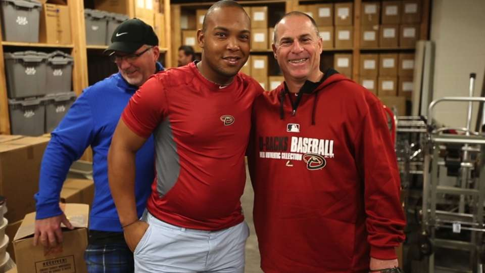 Tomas works out with D-backs