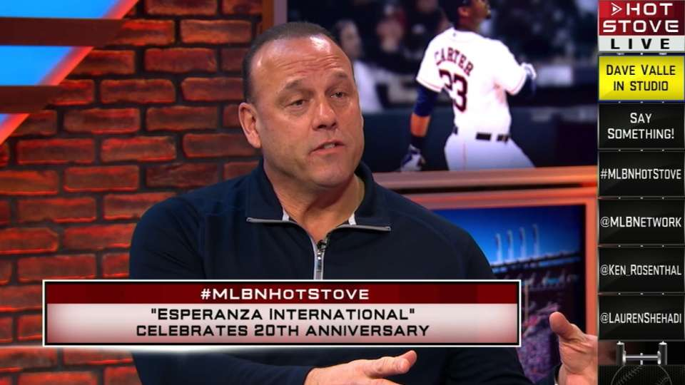 Valle joins Hot Stove
