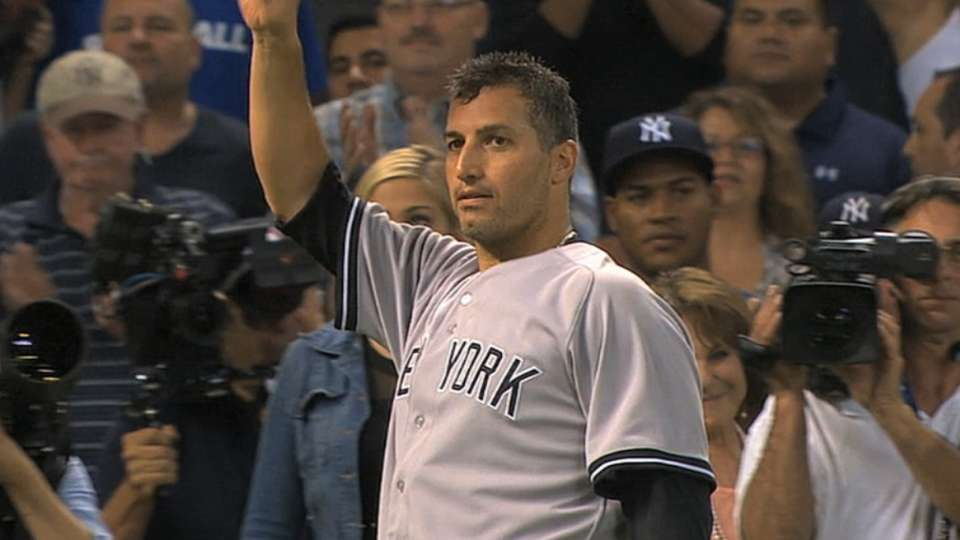 Pettitte's number to be retired