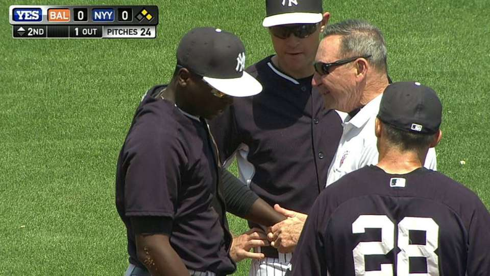 Gregorius shaken up after dive