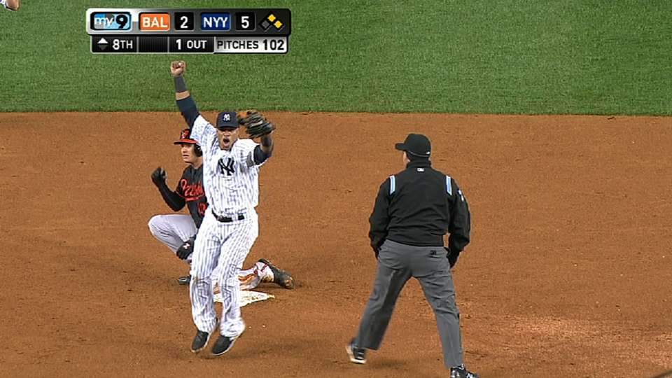 Yankees turn a triple play