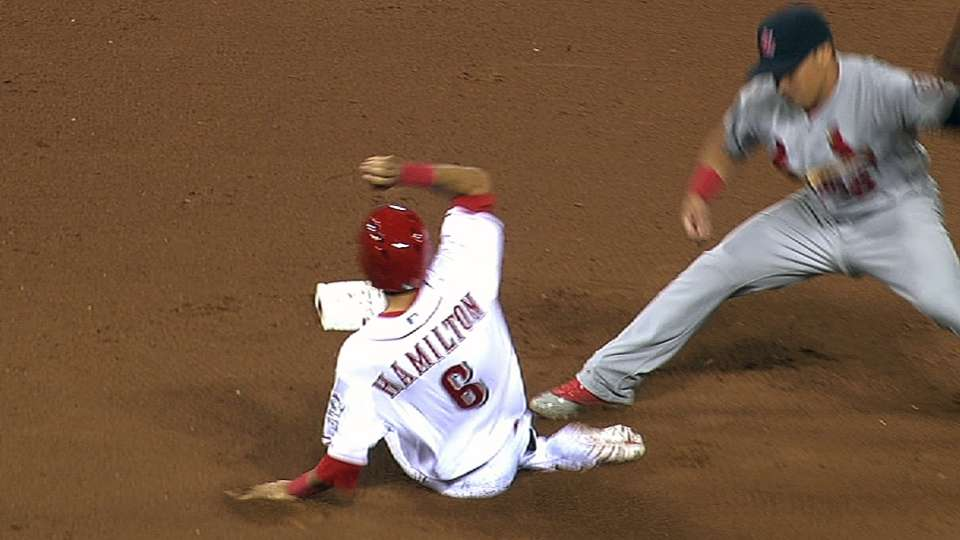 Hamilton steals in MLB debut