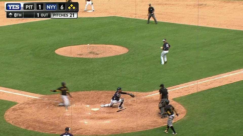 Bell's bases-loaded sac fly