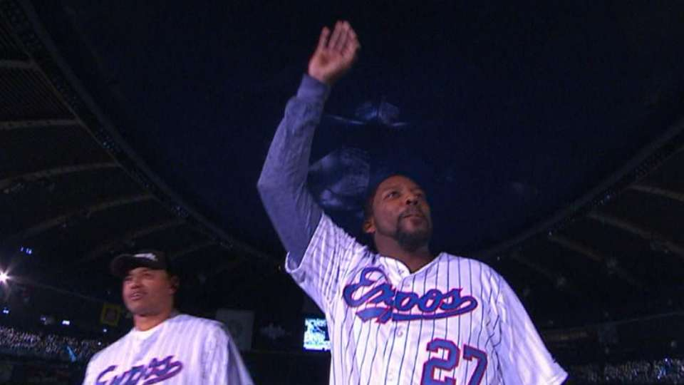 Former Expos honored in Montreal