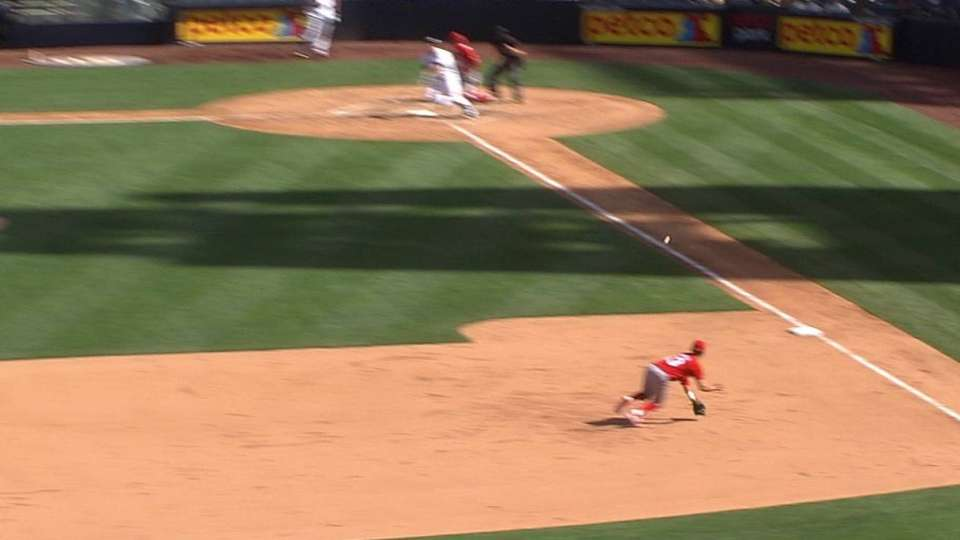 Lopez's diving play