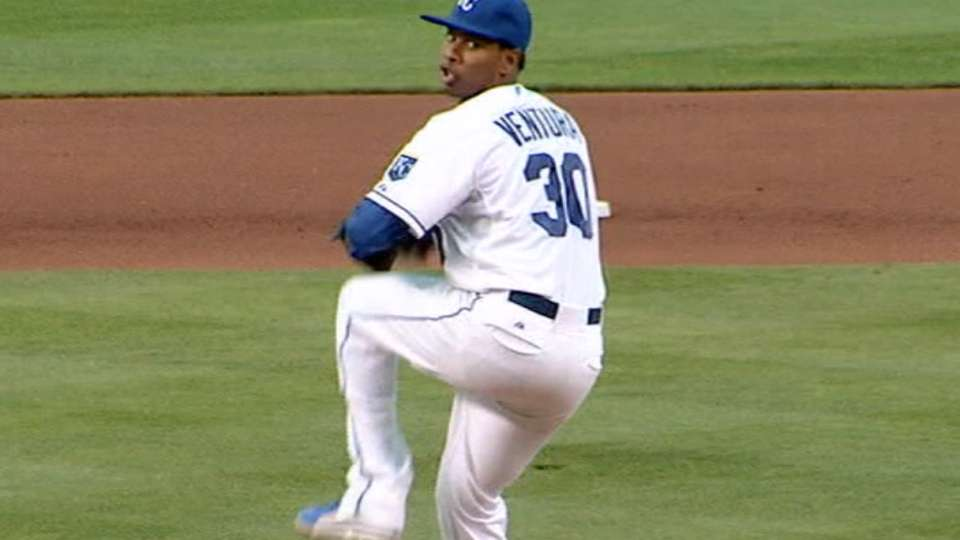 Ventura agrees to new deal