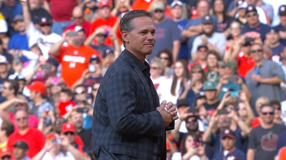 Biggio tosses first pitch