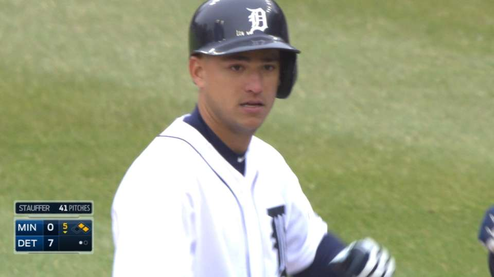 Iglesias collects four hits