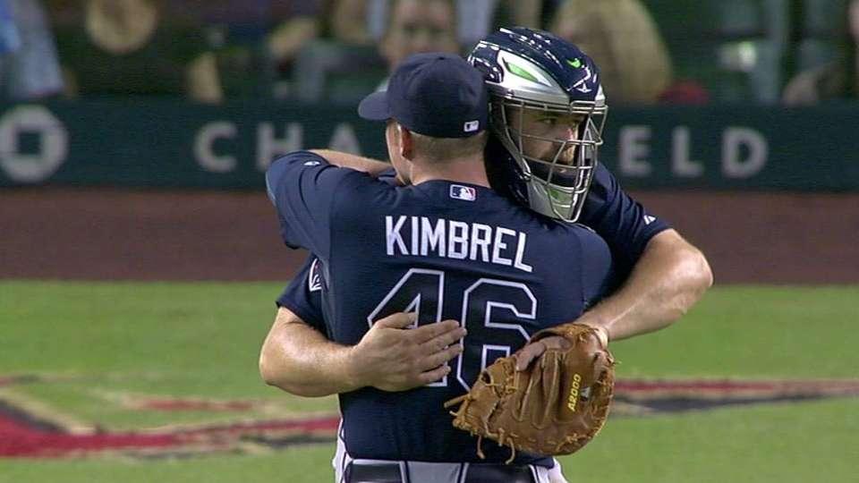 Kimbrel is Braves' saves leader