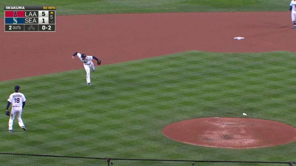 Seager's strong throw