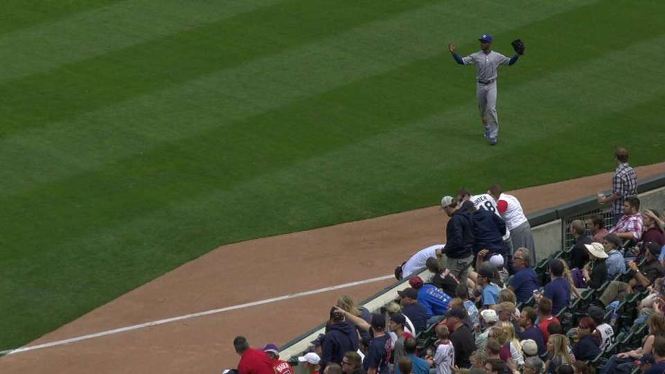 Vargas' single down the line