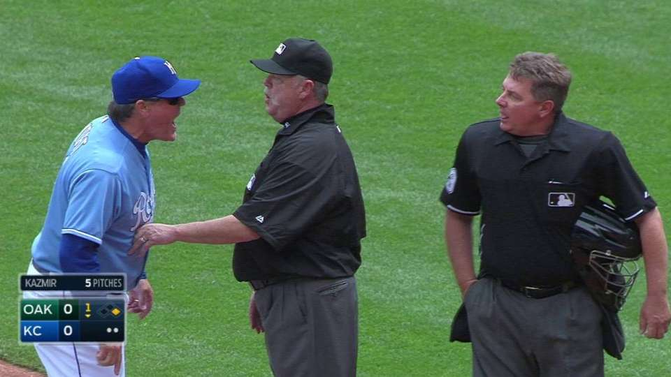 Yost, Eiland ejected in 1st