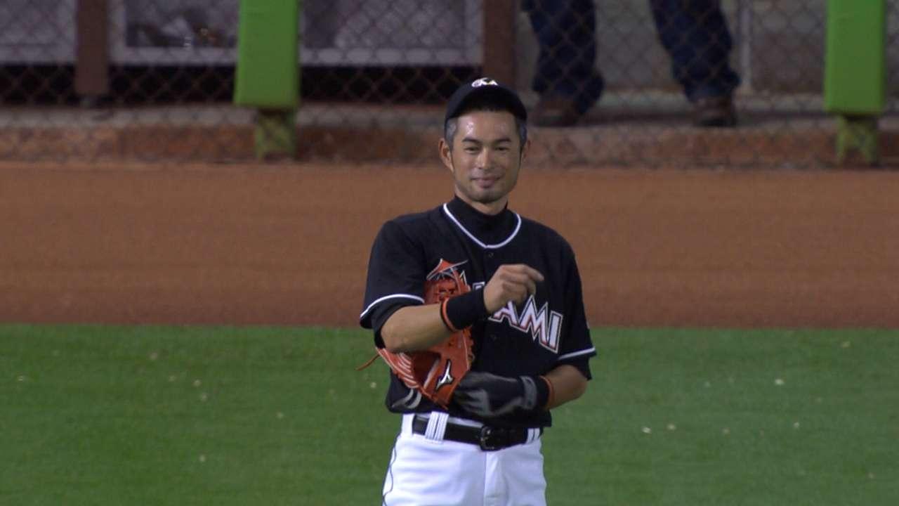 Marlins outfielder Ichiro Suzuki sets record for most runs by ... 984caf01e