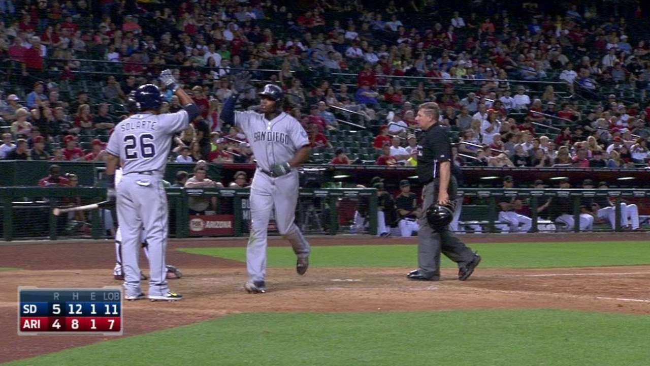 HR de Upton decide triunfo de Padres en 12 innings