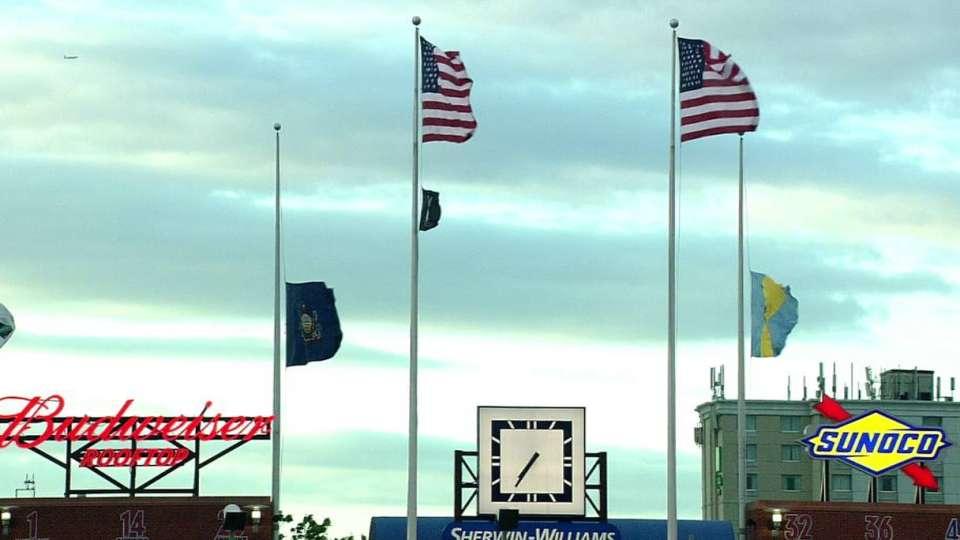 Phillies honor Amtrak victims