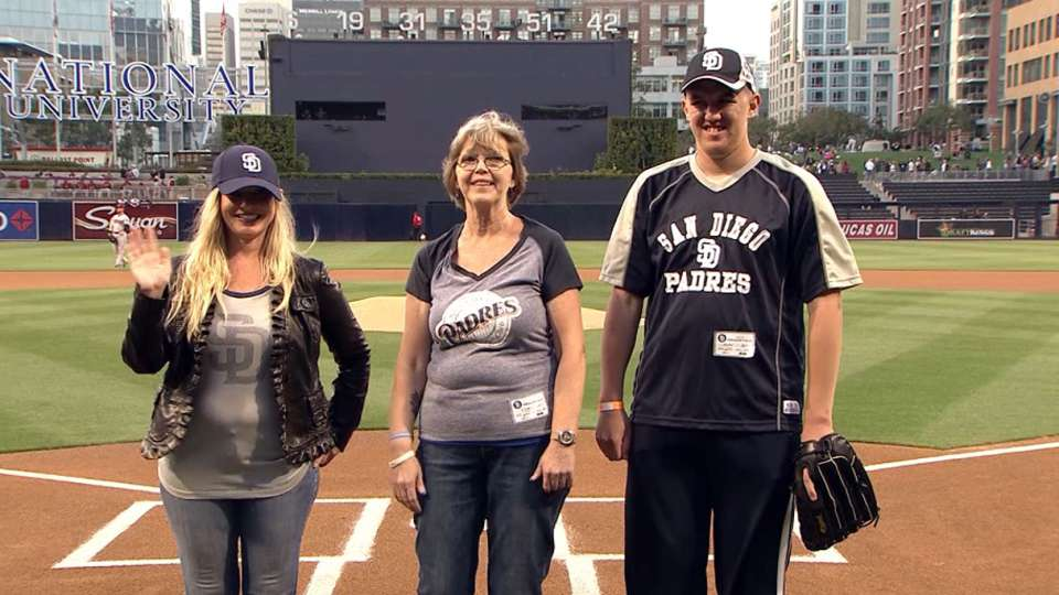 Padres welcome 'Autism Speaks'