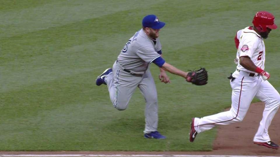 Buehrle's glove flip