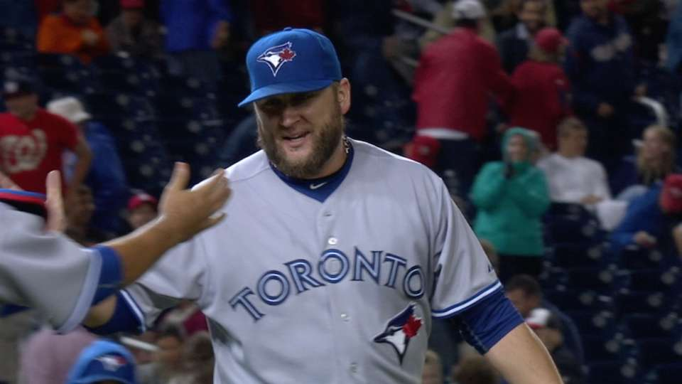 Buehrle shuts out Nationals