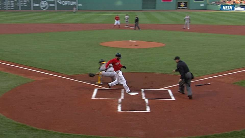 Pedroia scores on an error