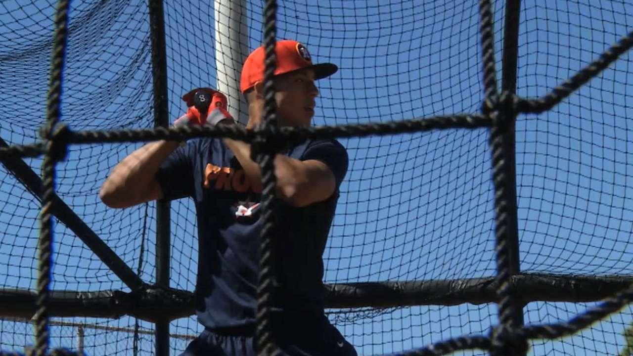 Astros call up top prospect Carlos Correa | MLB.com