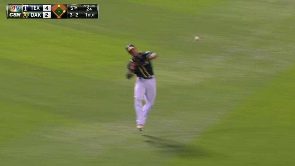 Fuld turns two on fly ball