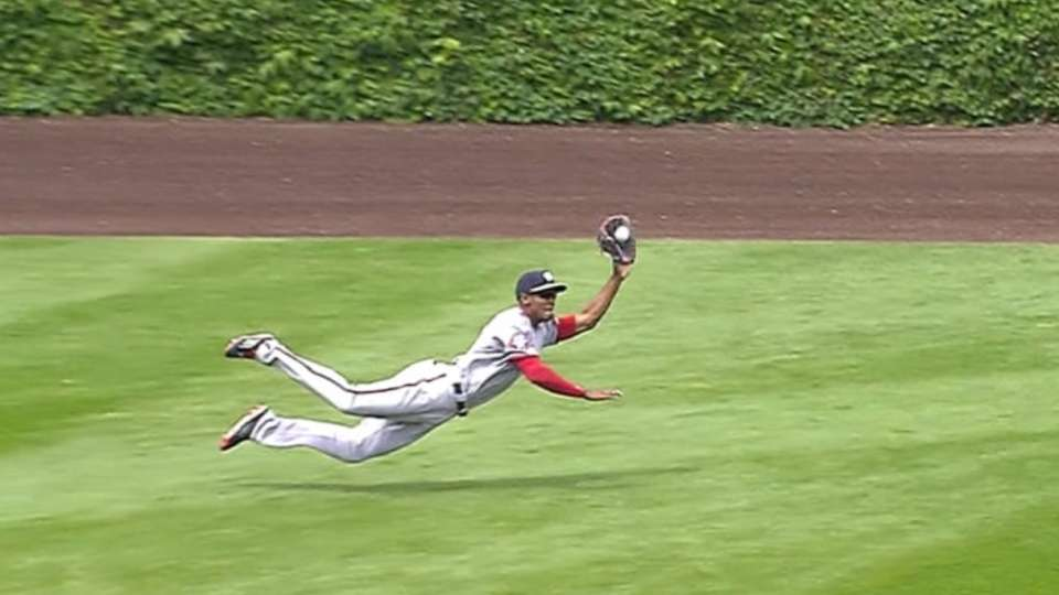 Must C: Taylor's diving catch
