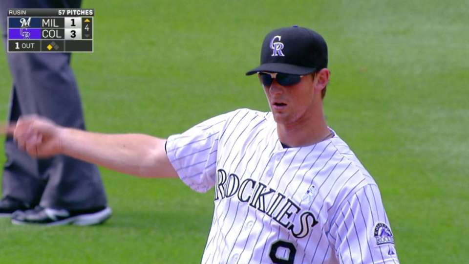 LeMahieu's amazing leaping catch