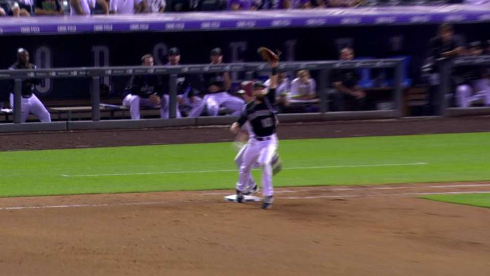 Goldy scores, call overturned