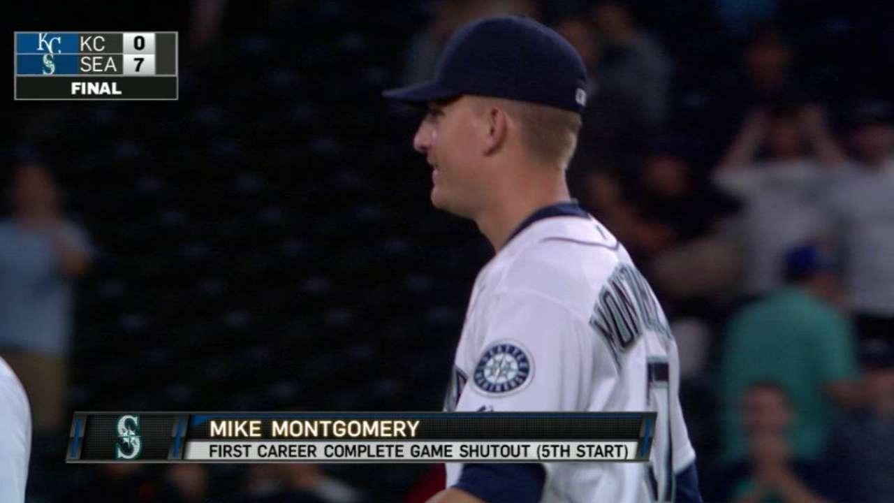 Marineros blanquean a Reales detrás de Montgomery