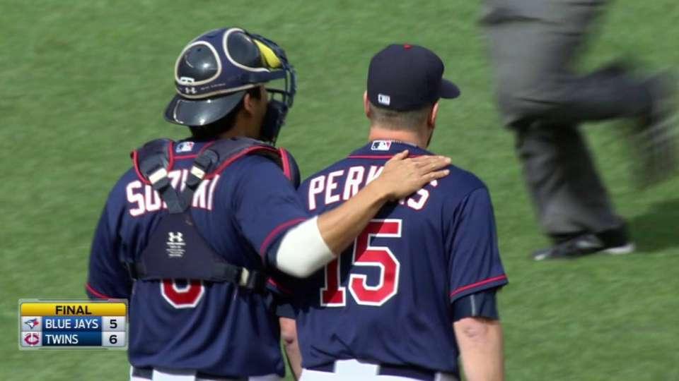 Perkins preserves one-run win