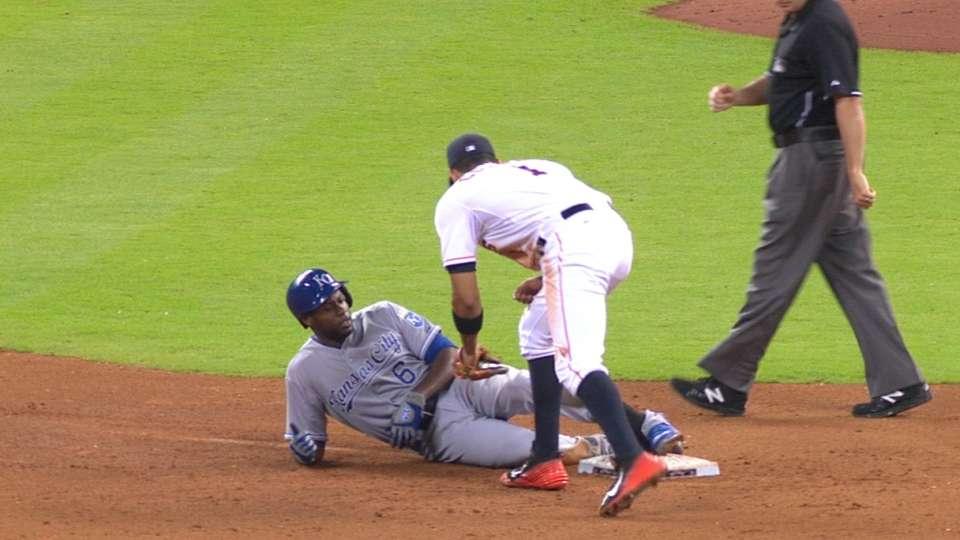 Cain's three-hit game