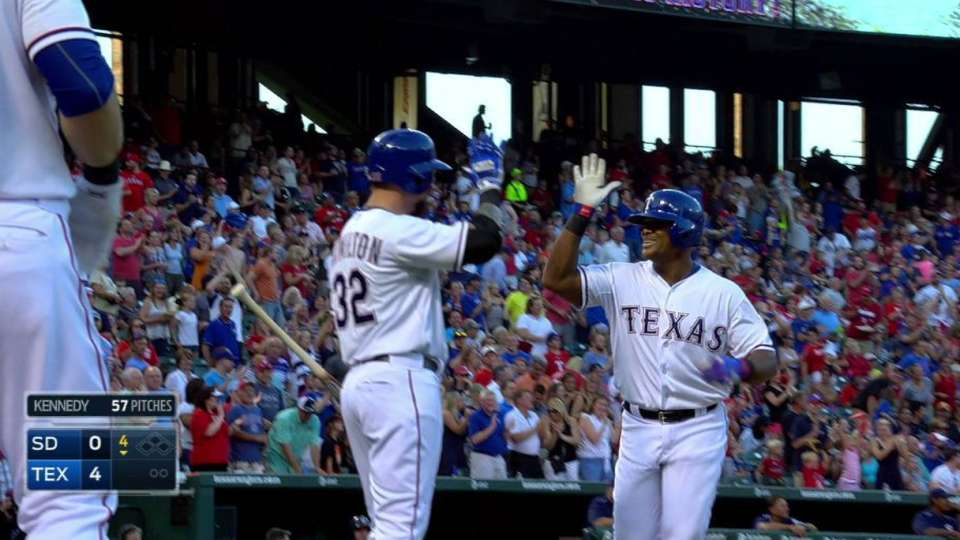 Beltre goes back-to-back