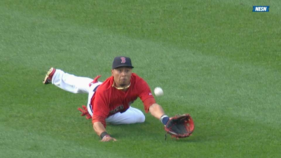 Must C: Betts dives for a catch