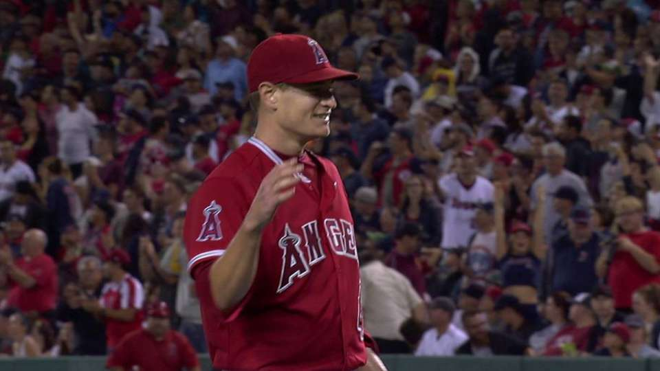 Richards goes the distance