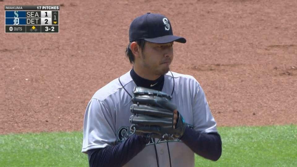 Iwakuma strong in no-decision